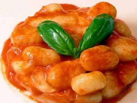 gnocchi-a-bolognesa