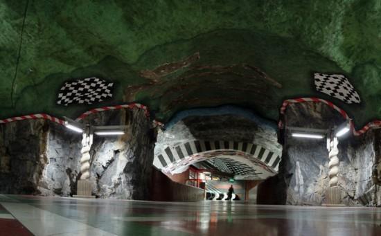 stockholm-metro21-550x341