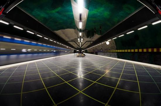 stockholm-metro26-550x363